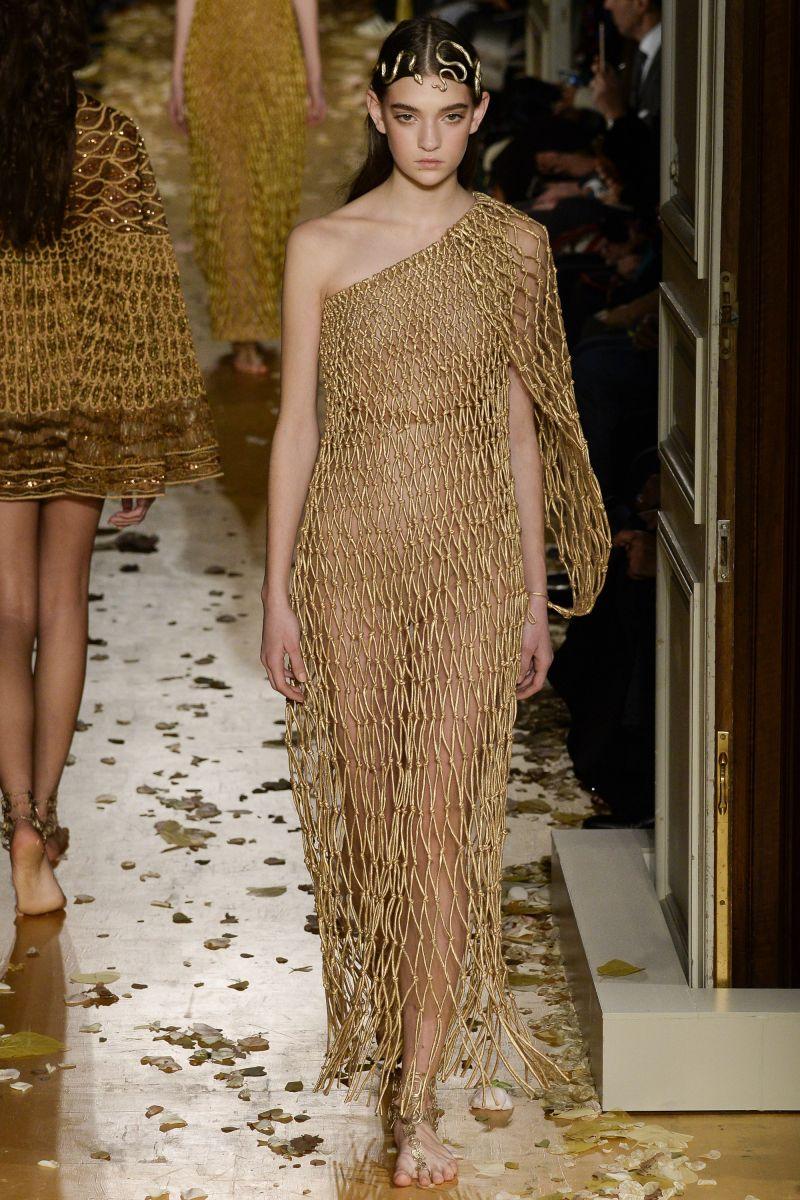 Новые лица: 16-летняя украинская модель Юлия Ратнер стала лицом RED Valentino