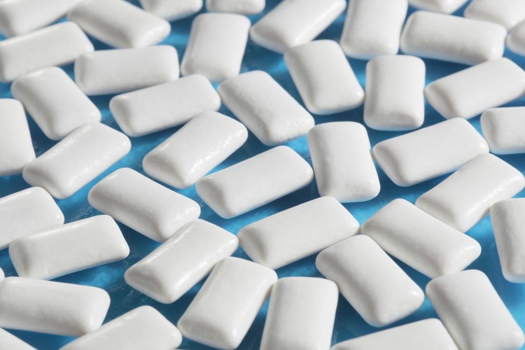 Топ 10 способов отбелить зубы в домашних условиях - фото №10