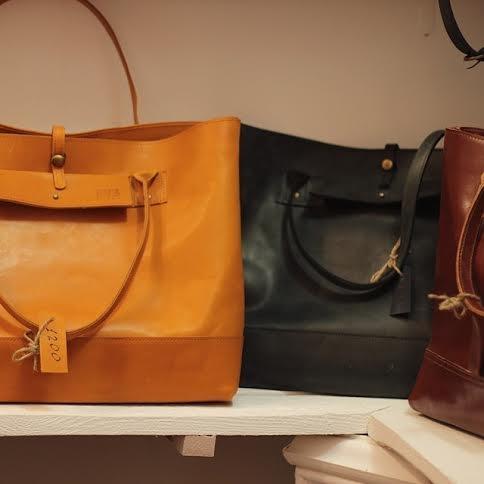 Где в Киеве купить эксклюзивные сумки от украинских мастеров - фото №9