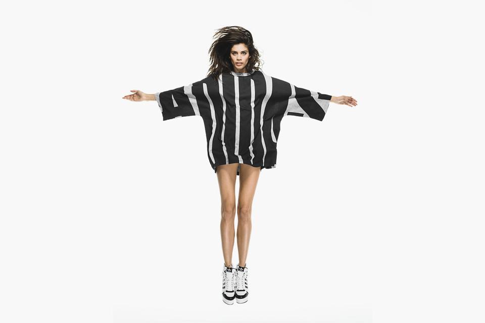 Что искать в новой коллекции adidas Originals by Jeremy Scott - фото №3