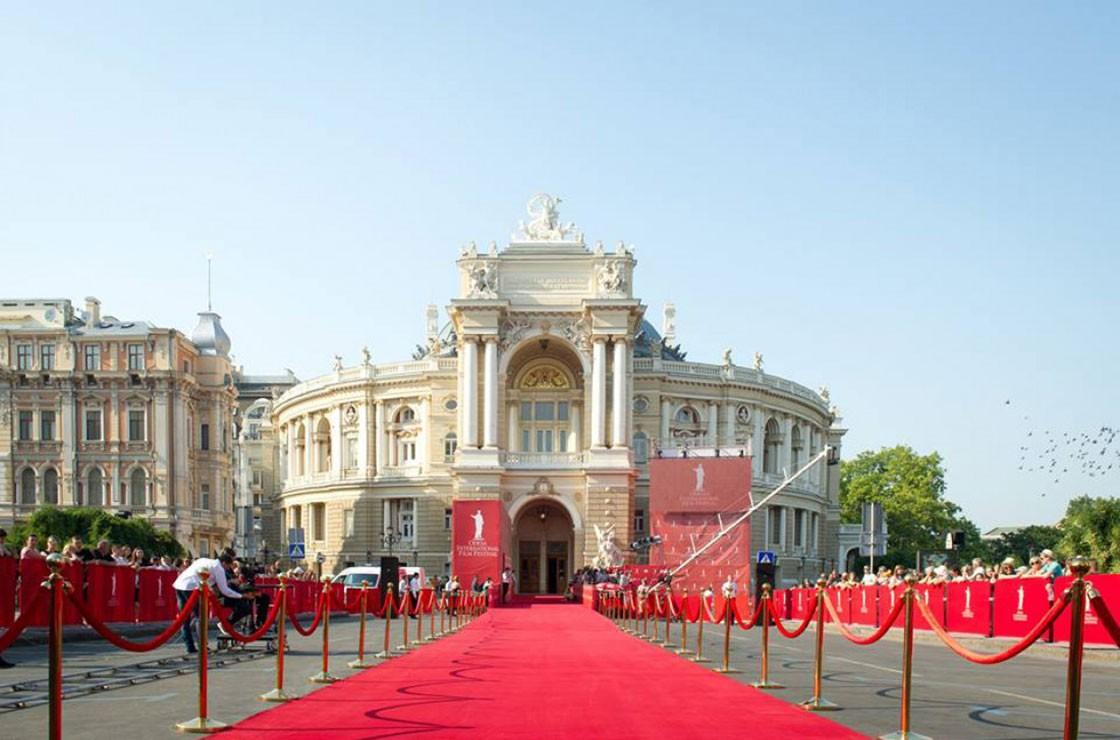 ОМКФ-2019: красная дорожка кинофестиваля (ОБНОВЛЯЕТСЯ)