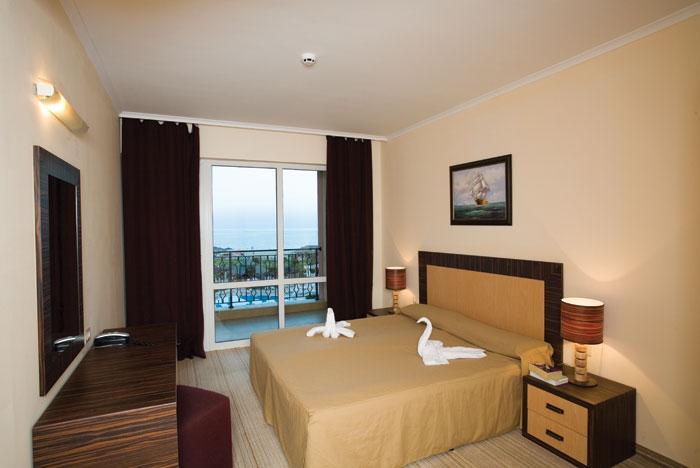 Лучшие отели мира: Majestic Hotel & Residence 4* - фото №3