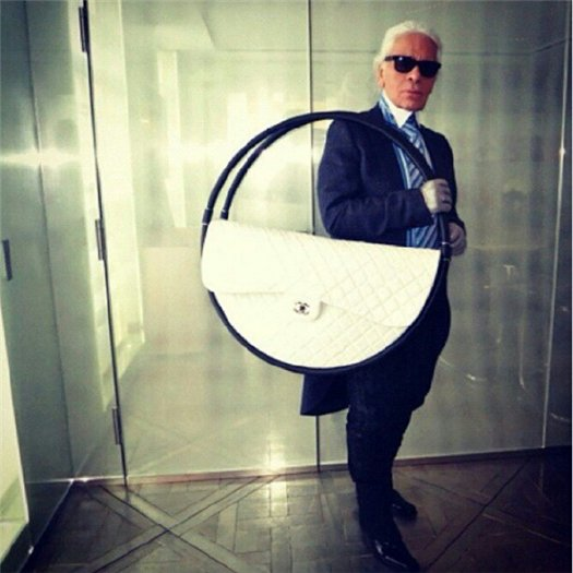 Неделя моды в Париже: «ветреный» показ от Chanel - фото №7