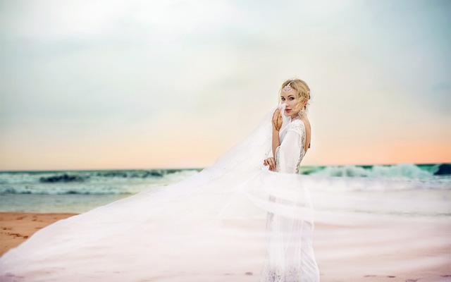 Замуж за принца: как режиссер шоу Холостяк сыграла свадьбу мечты - фото №3