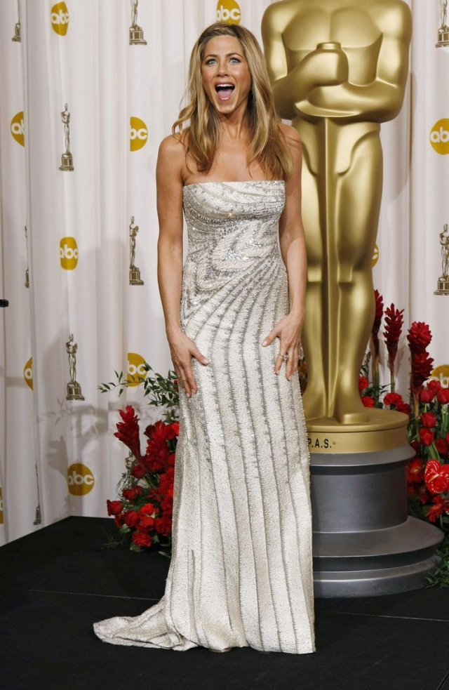 Вспомнить все: лучшие прически с красной дорожки «Оскар» за последние 10 лет - фото №9