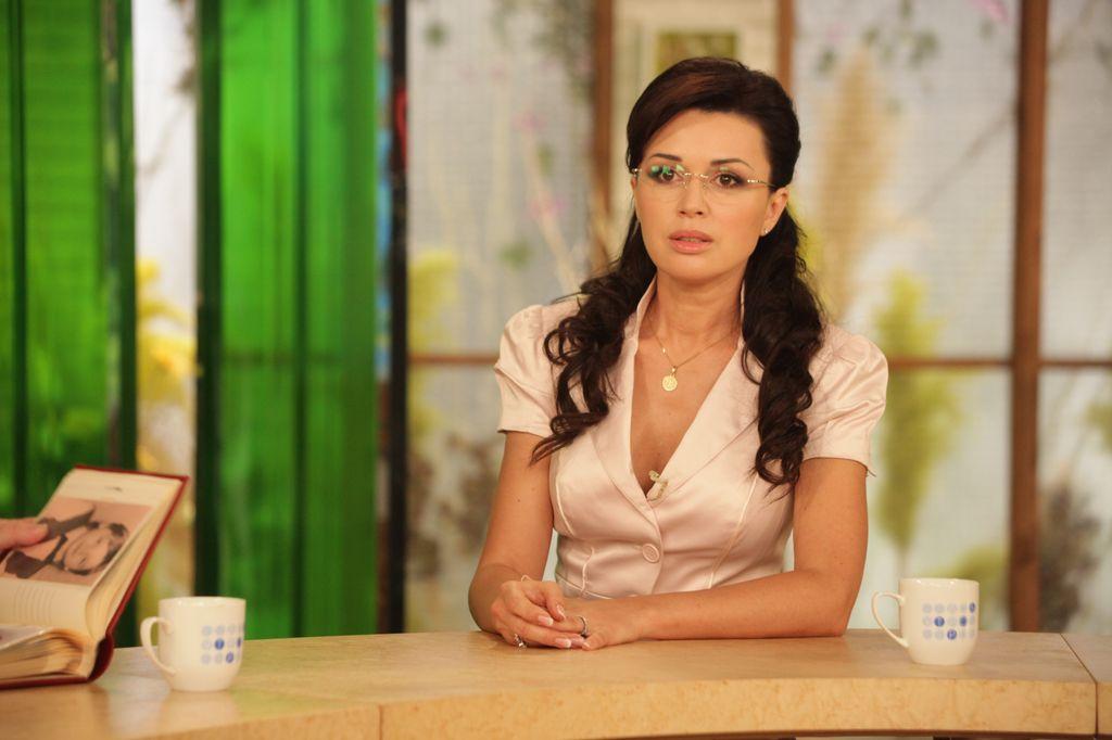 """Анастасия Заворотнюк: """"Каждая моя поездка в Киев - это заряд адреналина!"""" - фото №1"""