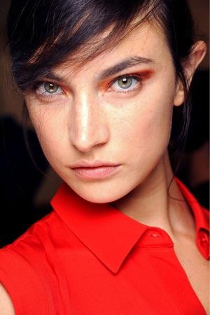 Топ 5 ведущих визажистов на Неделях моды - фото №34