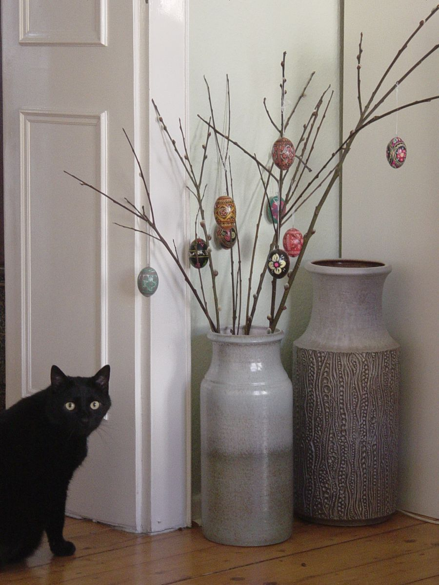 Тренд в интерьере: крупные вазы - фото №9