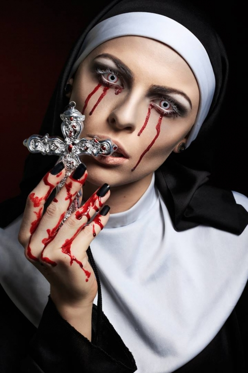 как сделать костюм монашки на хэллоуин