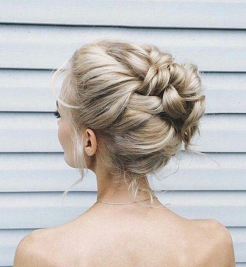 Самые красивые прически на выпускной вечер: фото простых причесок для волос любой длины - фото №35