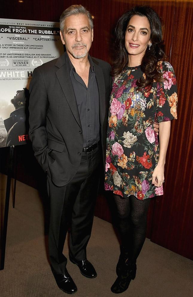 Развода не будет: Джордж и беременная Амаль Клуни на деревенской прогулке в английском стиле
