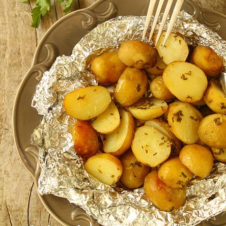 Блюда из молодого картофеля: топ 3 рецепта - фото №1