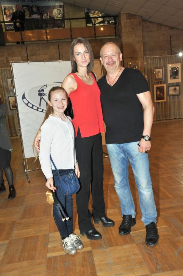 Ксения Бик и Дмитрий Марьянов с дочерью