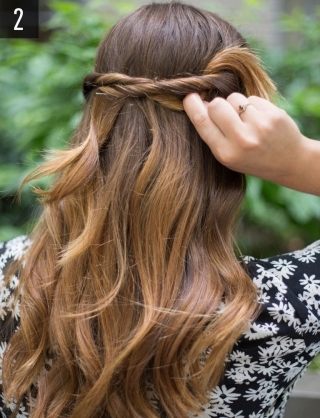 Что делать с волосами в жару: 10 идей простых летних причесок на длинные волосы 2016 (фото) - фото №11