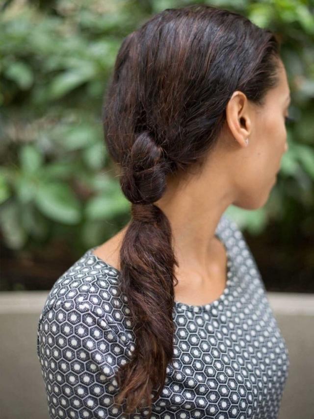 Легкая летняя прическа на длинные волосы 2016