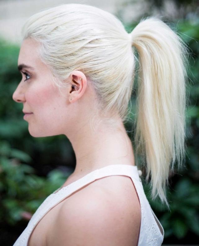 Легкая летняя прическа на длинные волосы 2016: объемный хвост