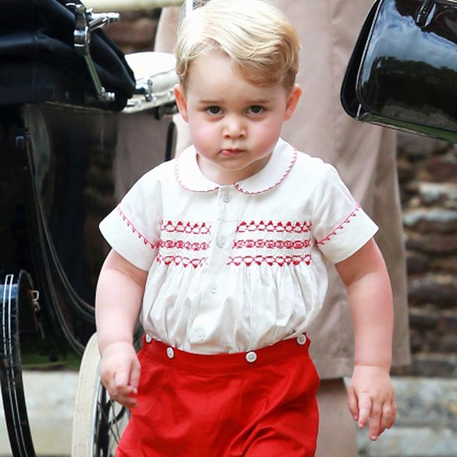 Первый год жизни принцессы Шарлотты: самые стильные образы юных Виндзоров