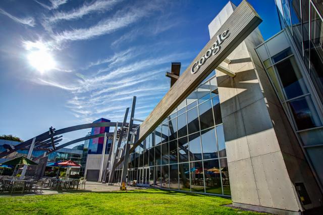 Осадочек остался: экс-сотрудницы Google подали на компанию в суд из-за дискриминации - фото №1