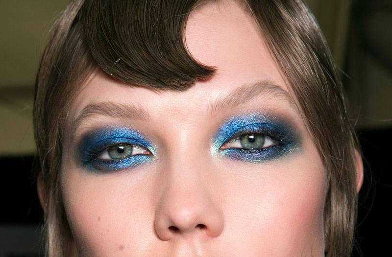 синие тени