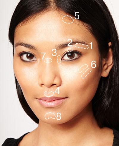 Как сделать кожу сияющей: 5 бюджетных хайлайтеров - фото №1