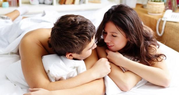 Почему важно разговаривать после секса - фото №1
