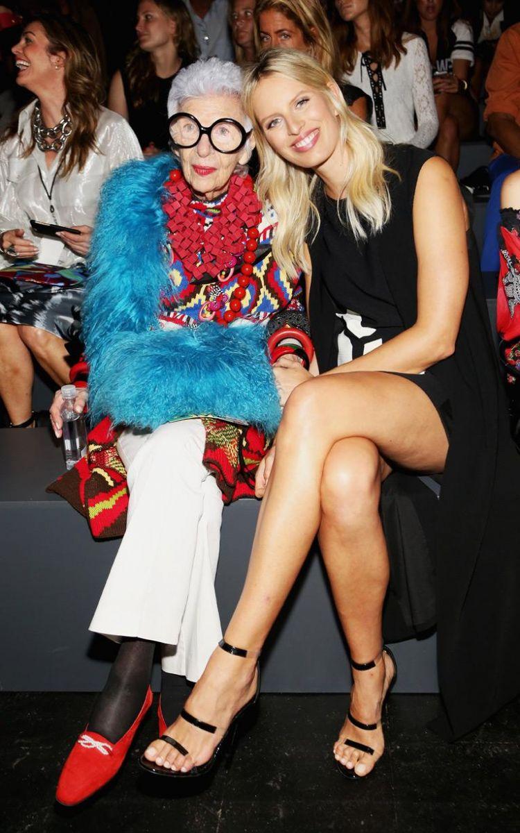 Гости Недели моды весна-лето 2016 в Нью-Йорке: на других поглядеть, да себя показать - фото №15