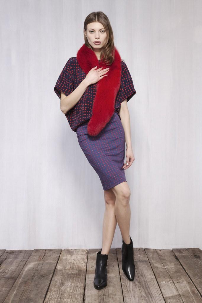Fashion-гид: можно ли носить цветной мех в офис