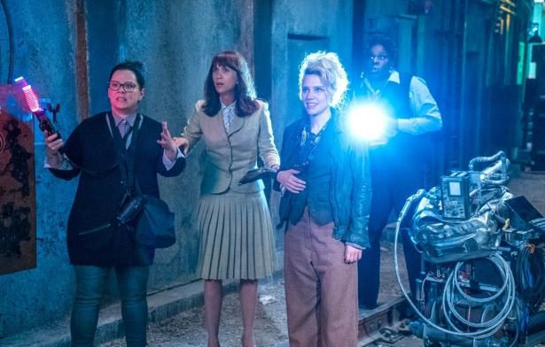 Рецензия на новый фильм «Охотники за привидениями»: ода феминизму и недалекий секретарь для демонстрации преимуществ женского интеллекта - фото №2