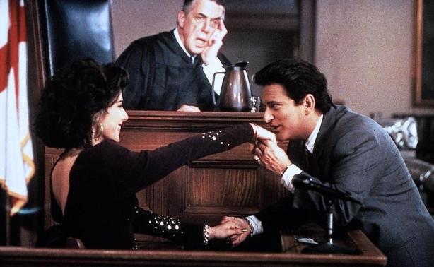Закон в костюме: лучшие фильмы и сериалы о юристах, которые прославились своими делами - фото №1