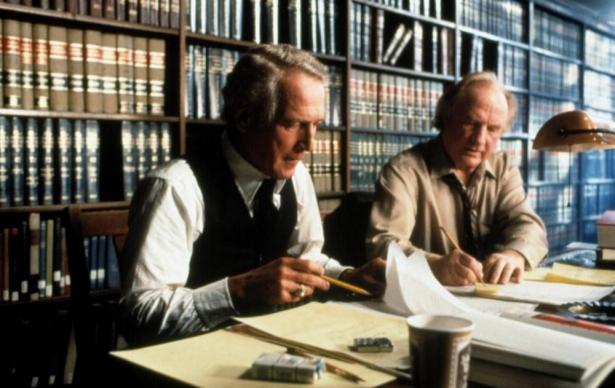 Закон в костюме: лучшие фильмы и сериалы о юристах, которые прославились своими делами - фото №3
