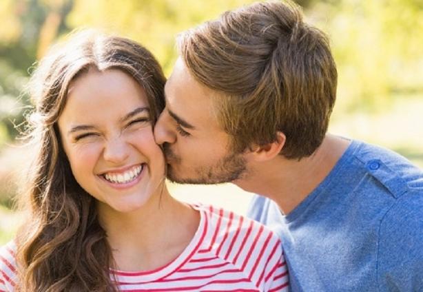 бывшему с днем поцелуя