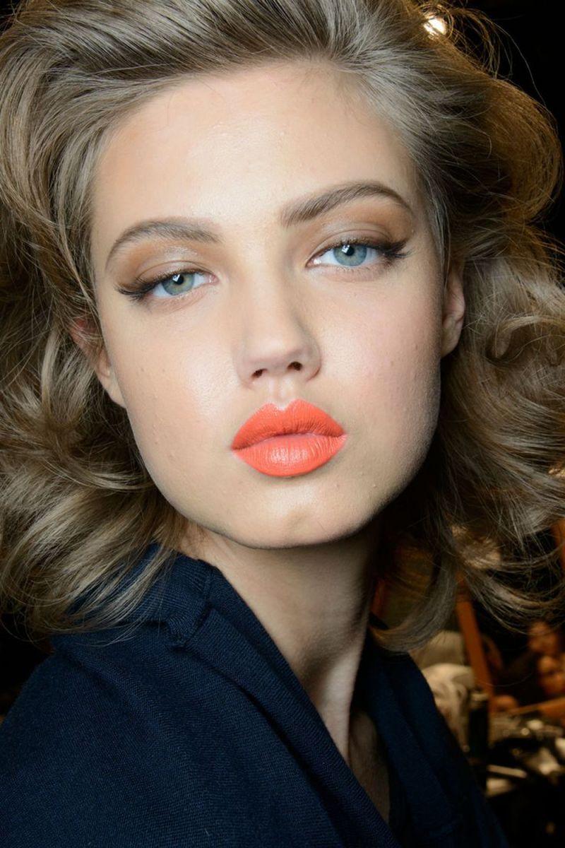 Бьюти-тренд: оранжевая помада - фото №2