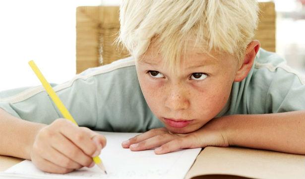Как реагировать родителям на плохие оценки ребенка - фото №1