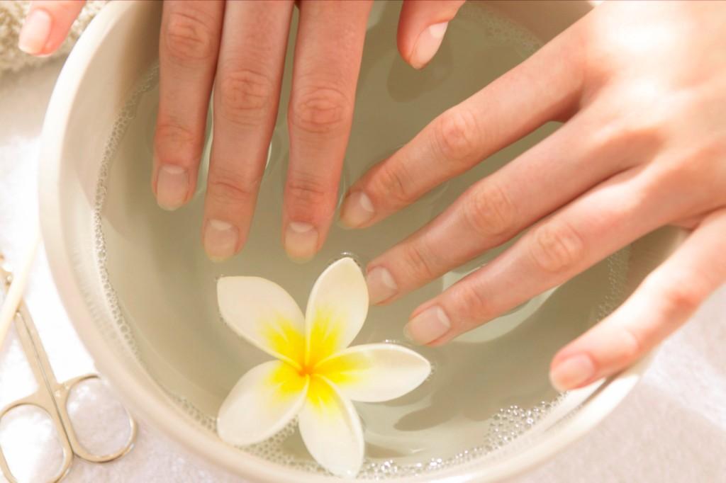 Как сделать детокс ногтей - фото №1