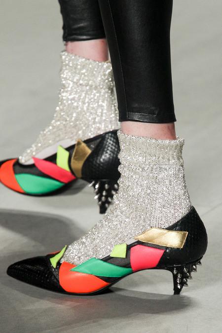 Тренд сезона весна-лето 2014: сочетаем носки и обувь - фото №4