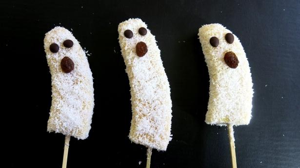 Простые рецепты на Хэллоуин: как из обычных продуктов сделать съедобный декор к празднику - фото №4