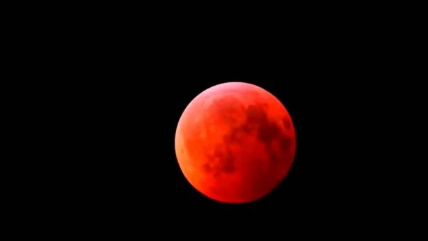Кровавое лунное затмение