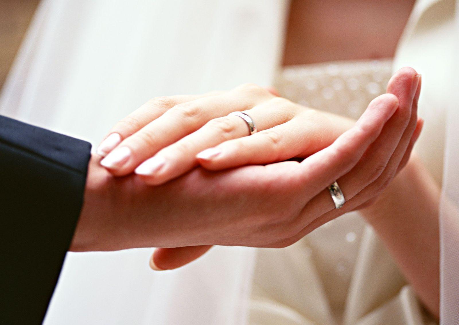 Стоит ли вступать в гражданский брак: мнение экстрасенса - фото №5