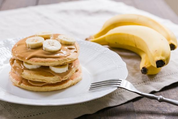 Блинчики на молоке с жаренными бананами: рецепт, который станет любимым для вас - фото №4