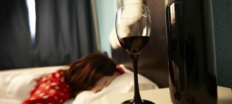алкоголь помогает заснуть