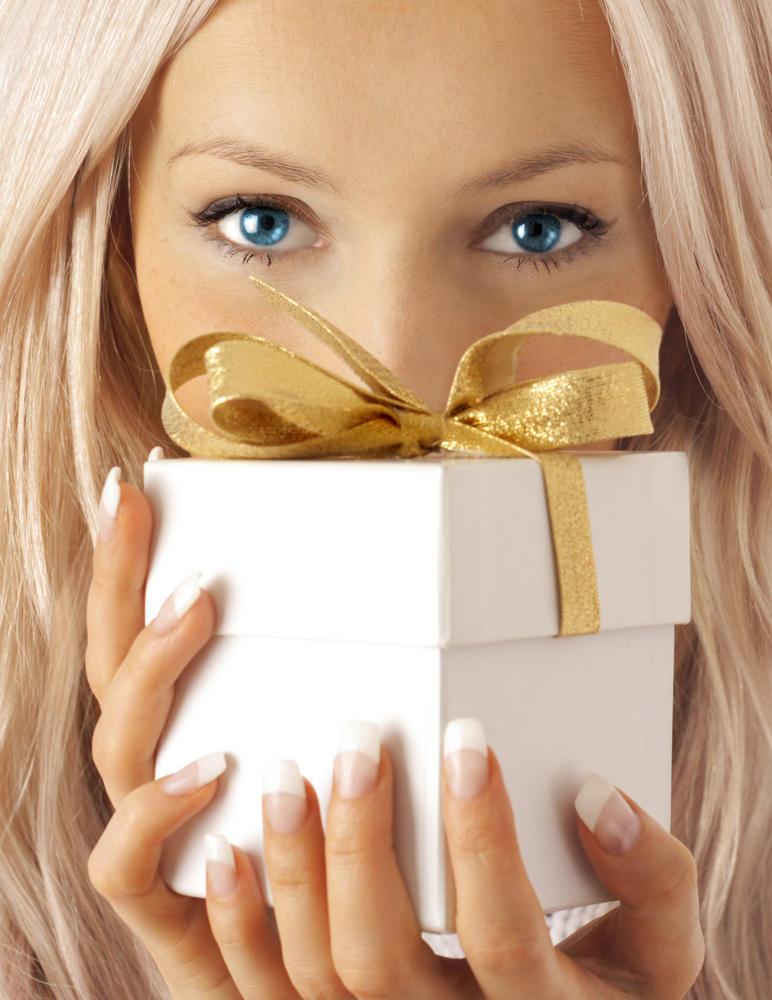 Что подарить подруге на Новый год - фото №1