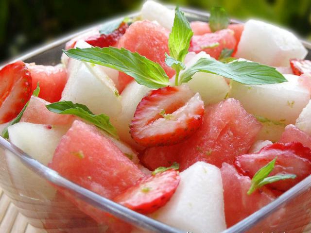 Топ 5 рецептов приготовления салатов из дыни - фото №2