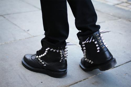 Модный тренд: грубая обувь - фото №4