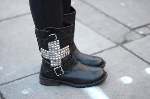 Модный тренд: грубая обувь - фото №6