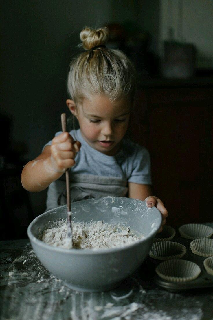 полезная выпечка: готовит ребенок