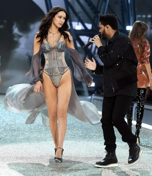 Шоу Victoria's Secret 2016 в Париже: свежие новости, фотографии моделей и видео с места событий (обновляется) - фото №3