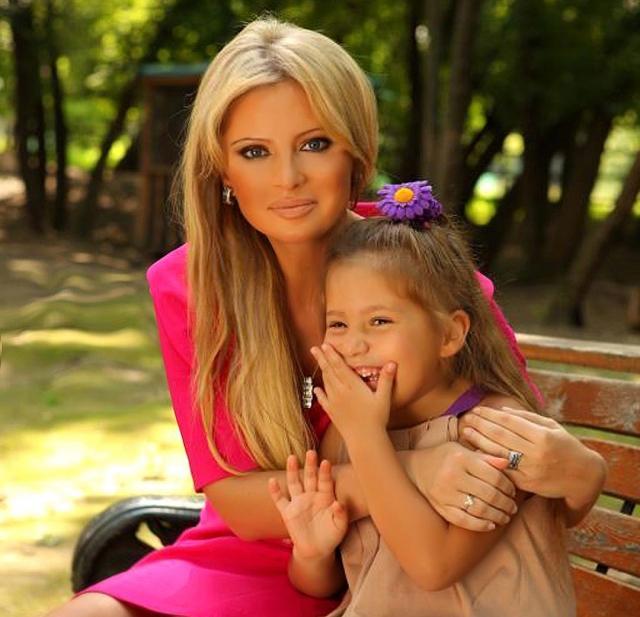 Бывший муж наркозависимой Даны Борисовой хочет отобрать у нее 9-летнюю дочь - фото №2