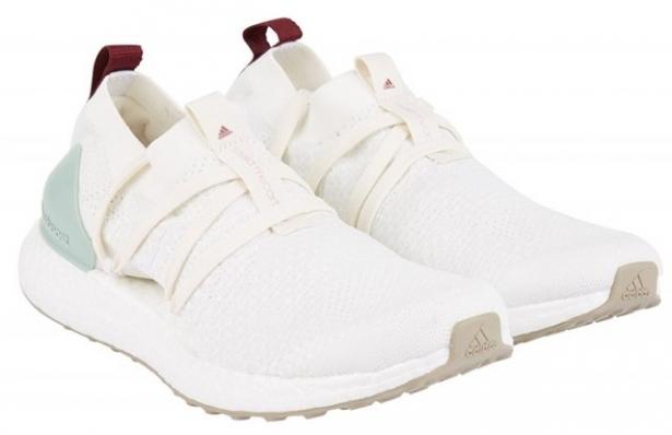 Adidas кроссовки из океанического пластика