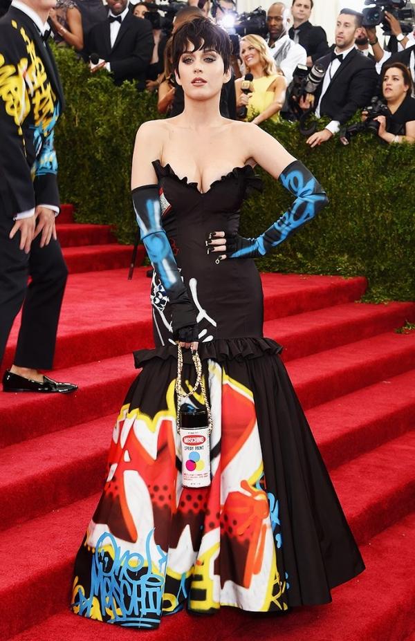 Самые скандальные платья Met Gala за всю историю - фото №7