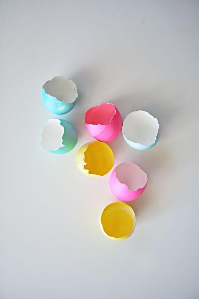 Поделка на Пасху из яиц: подсвечник